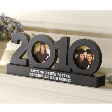 2010 Graduation Frame Sculpture