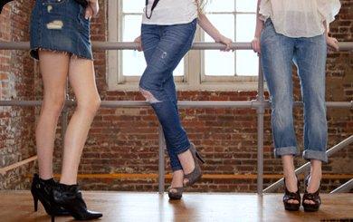 levis women wear