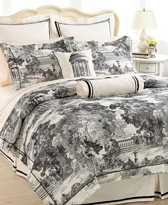 Court of Versailles Bedding, St. Cloud Comforter Sets