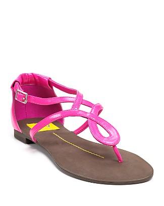 DV Dolce Vita Ontario Thong Sandals