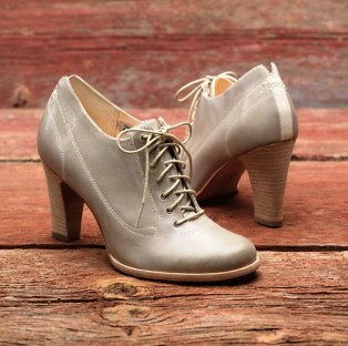 Women's Marge Lace Up