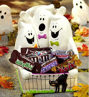 ghost trio candy dish with mini candy bars