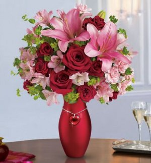The Valentine's Bouquet by Teleflora