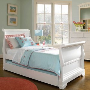 Posh Palette English Sleigh Bed