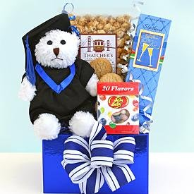 happy-graduation-hugs
