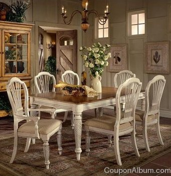 Hillsdale Furniture Wilshire Antique White Rectangular Dining Table with Chairs