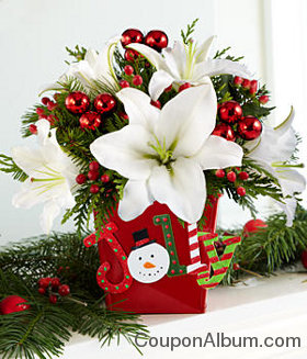 Deluxe Holly Jolly Centerpiece