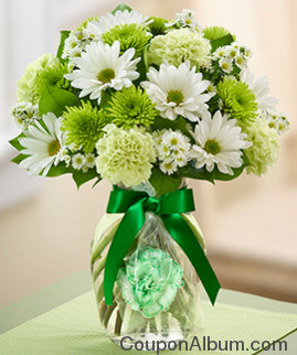 lucky day bouquet with boutonniere