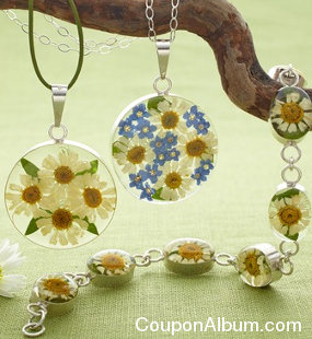 spring daisy jewelry collection